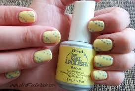 summer gel polish manicure idea