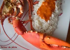 cuisiner un homard homard breton grille et sa sauce coraillée retour de pêche