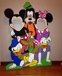 cute mickey mouse birthday party photo idea kind