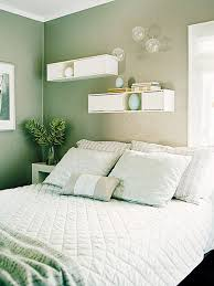 green paint colors for bedrooms a calming sea green paint color and plenty of white makes this