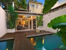 cozy intimate courtyards hgtv cozy intimate courtyards hgtv small home courtyard designs