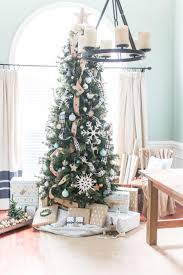 how to put ribbon on a christmas tree christmas decoration ideas
