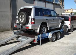 carrello porta auto trasporto cose o trasporto auto