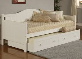 White Trundle Daybed Hillsdale Staci Daybed W Trundle White Kitchen Dining