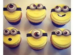 les 25 meilleures idées de la catégorie minion cupcake toppers sur