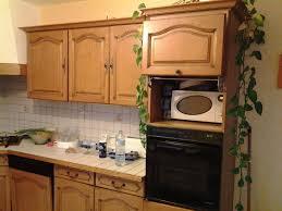 repeindre meuble cuisine chene rénover une cuisine comment repeindre une cuisine en chêne mes