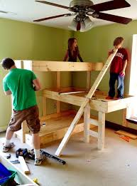 Bunk Beds For Three Diy Three Level Bunk Beds Decorwithzest Com