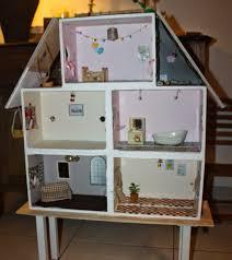 construire sa chambre une chambre à moi diy une maison en bois pour les sylvanians