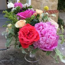 wedding flowers june uk june flowers wedding flower ideas bettie