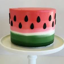 Decorating A Cake At Home Best 25 Decorating Cakes Ideas On Pinterest Simple Cakes Icing