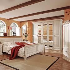 Schlafzimmerschrank Fernsehfach Schlafzimmermöbel Set Lourette Im Landhausstil Pharao24 De