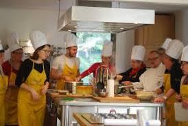offrir un cours de cuisine avec un grand chef les cours de cuisine de rené bergès la villa des chefs
