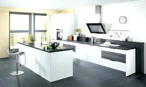 cuisine avec ilot central et table table ilot centrale cuisine cuisine ilot table cuisine plan cuisine