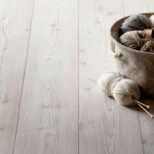 Homebase Laminate Flooring 54 Off Hygena Great Northern Pine Laminate Flooring 2 22sq M