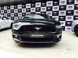 Mustang In Black 5 0 Litre V8 401 Ps With 52 Year History Iconic Ford Mustang