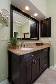 Framing Bathroom Mirrors by Best 25 Medicine Cabinet Redo Ideas On Pinterest Medicine