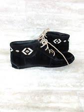 womens moccasin boots size 11 ugg womens chaunce rustic weave moccasin boots size 9 5 black