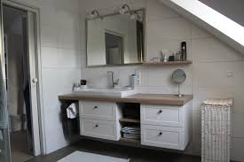 moderne badm bel design großartig badezimmermöbel landhausstil viac ako 25 najlep ch n