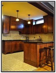 Prairie Style Kitchen Cabinets Quarter Sawn Oak Kitchen Cabinets Kalamazoo Display Kraftmaid