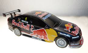 scalextric c3471 1 32 scale holden v8 2013 red bull 1