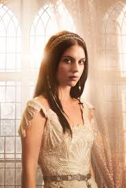 reign tv show hair beads adelaide kane reign i love all the dresses in this show but