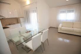 soggiorno e sala da pranzo gallery of villa trogir croazia sala da pranzo e soggiorno