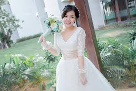 rental wedding dresses wedding gown for rent sale make up service affordable