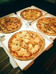 samira cuisine pizza best pizza in st review of mam zelle pizza arrondissement