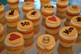 bridal cupcakes bridal shower cupcake display