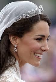 kate middleton wedding tiara the royal order of sartorial splendor tiara thursday the cartier