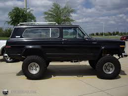jeep cherokee 1980 1982 jeep cherokee information and photos momentcar