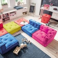 sofa kinderzimmer so wird s gemütlich die weiche bodenmatratze für kinder lädt zum