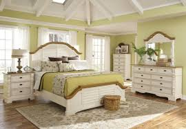 Small Queen Bedroom Furniture Sets White Bedding With Pop Of Color Modern House Interior Design