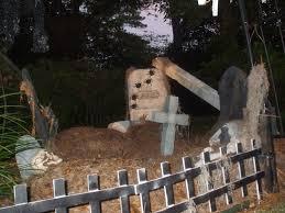 graveyard 101 how i scare the neighbors every halloween