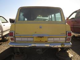 jeep kaiser wagoneer junkyard find 1976 jeep wagoneer the truth about cars