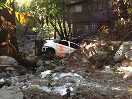 toyota in california 1 dead thousands stranded in california mudslides new york post