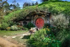hobbit hole hobbit hole red door building our home pinterest dma homes 40273