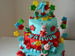 decoration cupcake anniversaire gâteau d u0027anniversaire pour bébé décoration en pâte à sucre