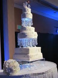Winter Wedding Cakes Best 25 Snowflake Wedding Cake Ideas On Pinterest Snowflake
