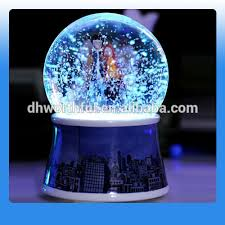 snowing snow globe snowing snow globe suppliers and manufacturers