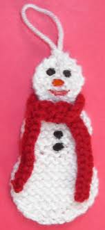 free snowman ornament or lapel pin knitting pattern