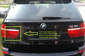 e70 2009 bmw x5 inner tail light does not light up even though