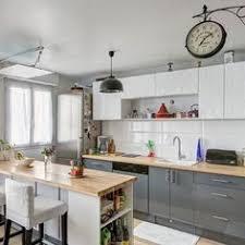 cuisines delinia inspiration cuisine meuble de cuisine bleu delinia nordik qui entre