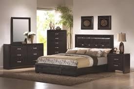 5 Piece Bedroom Set Under 1000 by 5 Piece Bedroom Sets Dylan 5 Piece Bedroom Set Size Queen