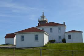 watch hill lighthouse westerly ri new england nomad