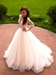 robe de mariã e princesse dentelle forme princesse robe de mariée en dentelle manche longue dos