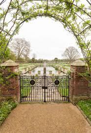 Kensington Pala Princess Diana Memorial Garden Opens At Kensington Palace People Com