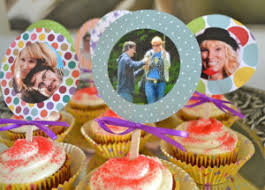 personalized cupcake toppers diy photograph cupcake toppers easy recipes cocina