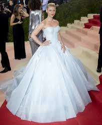 zac posen light up gown claire danes magical zac posen gown lights up in the dark at met gala