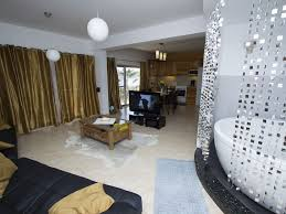 luxury modern and open plan apartment with jacuzzi spa and